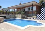 Location vacances Montbrió del Camp - Chalet con piscina privada en zona tranquila de Cambrils-1