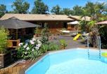Location vacances  Gironde - Ferienhaus mit Pool Le Porge 150s-1
