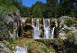 Location vacances Cuevas del Campo - Holiday home Calle Barranco-2