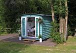Location vacances Crowborough - Hopgarden Glamping, Luxury Shepherds Huts set in an idyllic location on the Kent Sussex border -all mod cons-1