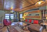 Location vacances Eagle River - Rustic Anchorage Cabin Getaway with Game Room!-2