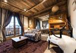 Hôtel 4 étoiles Sallanches - Le Chalet Blanc-1