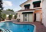 Location vacances Weston - Golf Course, Waterfront With Pool-4