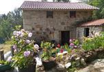 Location vacances  Ourense - Holiday home Camino do Arieiro-1