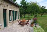 Location vacances Hambers - La Vionnière-Taceau-2