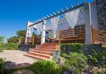 Location vacances Dosrius - Holiday Home Ginesteres-4