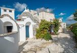 Location vacances Locorotondo - San Marco in Lamis Villa Sleeps 12 Pool Wifi-1