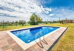 Location vacances l'Ampolla - Nice home in L'Ampolla w/ Outdoor swimming pool, Outdoor swimming pool and 3 Bedrooms-3