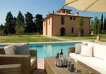 Location vacances Terricciola - Peccioli Villa Sleeps 11 Air Con Wifi-1