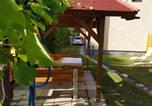 Location vacances Balatonmáriafürdő - Holiday home in Balatonmariafürdo 26243-3