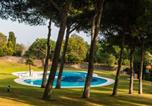 Location vacances Begur - Fornells de la Selva Apartment Sleeps 6 Pool-1