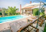 Location vacances Tar - Comfortable Villa Marinela with Pool and Garden-2