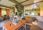 Location vacances Alsfeld - Three-Bedroom Holiday home Kirchheim with a Fireplace 04-4