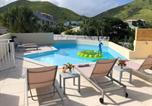 Location vacances  Guadeloupe - Beautiful suite S4, pool, sea view, Pinel Island-1