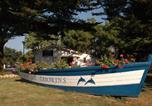 Camping avec Site nature La Flotte - Domaine Résidentiel de Plein Air Tamarins Plage-1