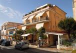 Hôtel Camerota - Delfino-1