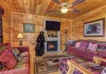 Location vacances Gatlinburg - Destiny's Heavenly View, 5 Bedrooms, Sleeps 14, Pet Friendly, Hot Tub, Pool Table-4