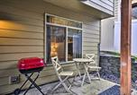 Location vacances Portland - Inviting Studio with Patio - 15 Mi to Portland!-3