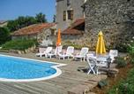 Location vacances Pontcirq - Holiday home Le Barbut-1