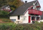 Location vacances Bad Hersfeld - Three-Bedroom Holiday Home in Kirchheim-1
