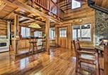 Location vacances Appomattox - Hawks Nest Cabin with Views, Near Peaks of Otter-4
