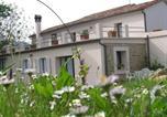 Location vacances  Province de Rimini - Modern Apartment in Gemmano Italy with Garden-1