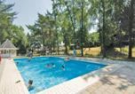 Location vacances Roggel - Holiday home Heel 11 with Outdoor Swimmingpool-3