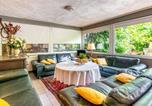 Location vacances Lanaken - Gorgeous Holiday Home in Maasmechelen with Garden-1