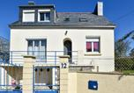 Location vacances Moëlan-sur-Mer - Modern Holiday Home in Clohars-Carnoã«t with Beach Nearby-1