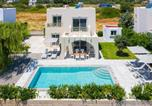 Location vacances Gennadi - Olive Tree House-1