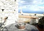 Location vacances  Ville métropolitaine de Messine - Villa Via Giuseppe Verdi-1