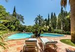 Location vacances Cogolin - Magnificent Villa in Grimaud with Swimming Pool-1