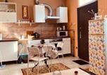 Location vacances Mogyoród - Stylish Suite-1