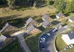 Location vacances  Lozère - Village de gîtes Les Chalets de l'Aubrac-1