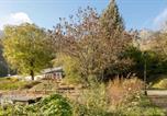 Location vacances  Hautes-Pyrénées - Comfortable farm house Petit Barzun, in the Parc National Pyrenees-2