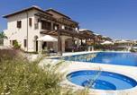 Location vacances Kouklia - Villa in Kouklia Sleeps 10 includes Swimming pool Air Con and Wifi 1-1