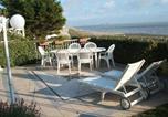 Location vacances Genêts - Villa La Brise - Gîte-2