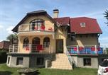 Location vacances Balatonmáriafürdõ - Apartments in Balatonmariafürdo 37115-1