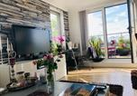 Location vacances Sutton - Luxury apartment in Sw London-1