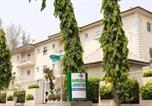 Location vacances  Nigeria - Barcelona Apartments-1