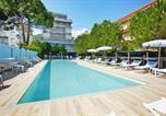 Location vacances  Province de Savone - Residence Hermitage Pietra Ligure - Ili02201-Dyh-1