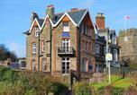 Location vacances Lynton - Castle Hill Guest House-1