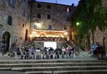 Hôtel San Vincenzo - Borgo agli Scudi Suite&Breakfast-3
