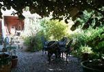 Hôtel Buchy - Au Fond du Jardin Maison d'hôtes-1
