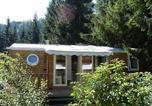 Camping avec Hébergements insolites Auvergne - Sites et Paysages De Vaubarlet-4