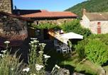 Location vacances Saint-Flour - Quaint Holiday Home in Villeneuve-d'Allier with Terrace-2