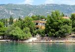 Location vacances Lovinac - Apartment Rovanjska-1-1