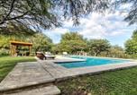Location vacances Villa General Belgrano - Casas de Campo Henin-1