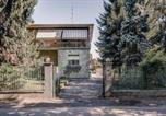 Location vacances Limbiate - Guesthero Villa - Caronno Pertusella-2