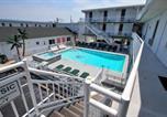 Hôtel Wildwood Crest - Riviera Resort & Suites